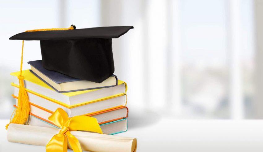 2019-scholarship_banner